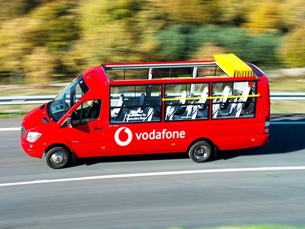 Convertible Minibus