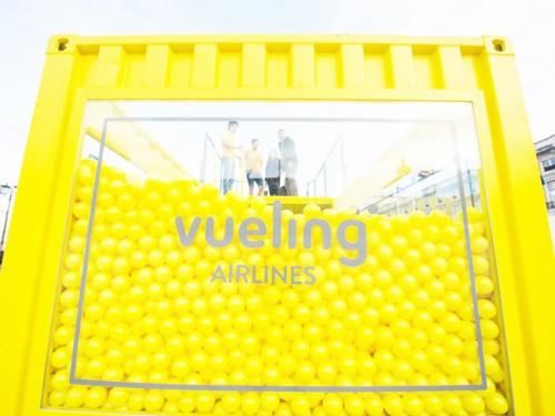 container piscina de bolas